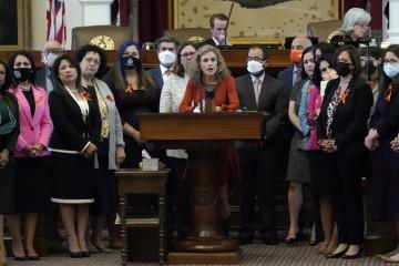 得州新反堕胎法引爆美国禁止孕妇怀孕6周后堕胎因强奸或乱伦受孕也不例外